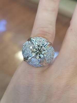 Fancy Greenish Yellow Diamond Ring