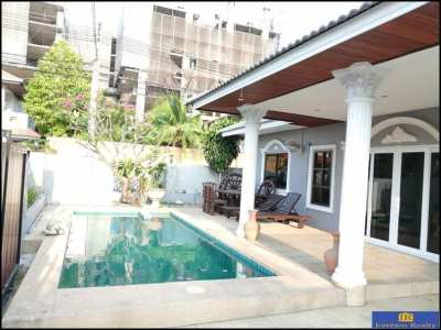 House 3 Bed 2 Bath with Private Pool and Garden for Sale at Eakmongkol
