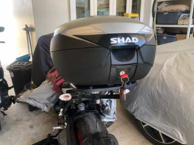 SHAD, top box and fixing bracket