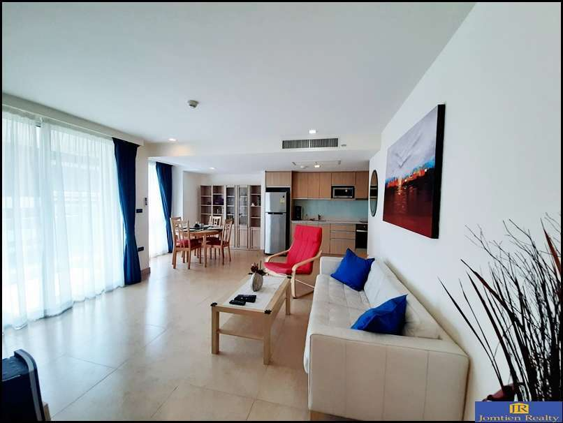 Hot Deal Corner Unit 1 Bed 1 Bath for Sale at The Cliff Cosy Beach