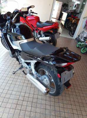 FJR1300  08' parting out.  Low mileage. All parts available.