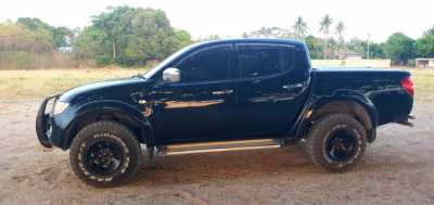Mitsubishi Triton for rent !