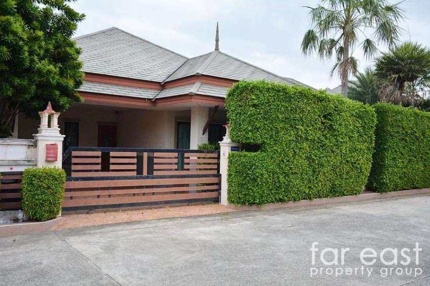 Baan Dusit Pattaya Lake Pool Villa - Entertainers Dream!