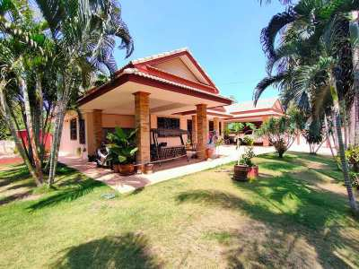 Furnished 4 BR 3 Bath on 804 sqm. Plot 425 Meters to Cha-am Beach