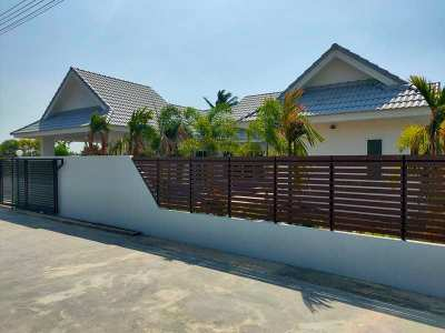 New 3 BR 3 Bath Pool Villa 375 Meters to South Cha-am Beach