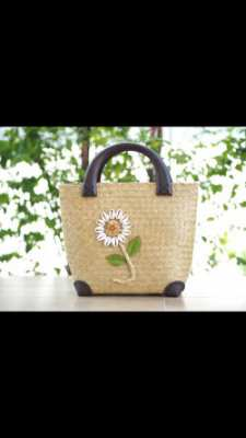 Beautiful Handbag 990 baht with delivery in Thail