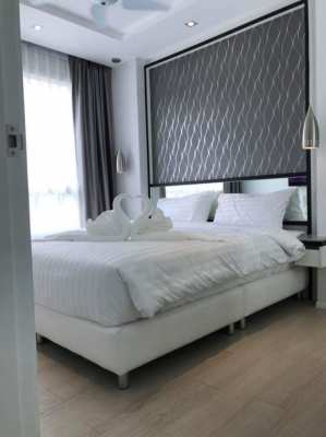 Centrally location condo Only 1.399 M