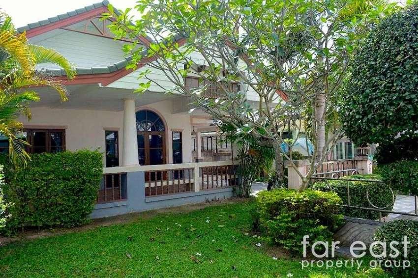 Baan Dusit Pattaya Villa For Sale