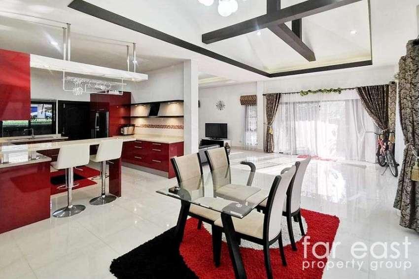 Modern Baan Dusit Pattaya Park Pool Villa