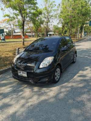 Selling car TOYOTA Yaris1.5J Auto 2011 year
