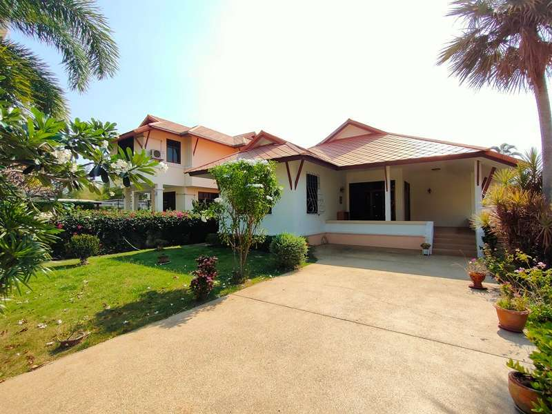 Furnished 3 BR 2 Bath Villa Only 500 Meters to Khao Takiab Beach