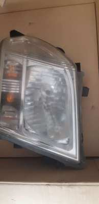 Nissan navara 2009 left head light
