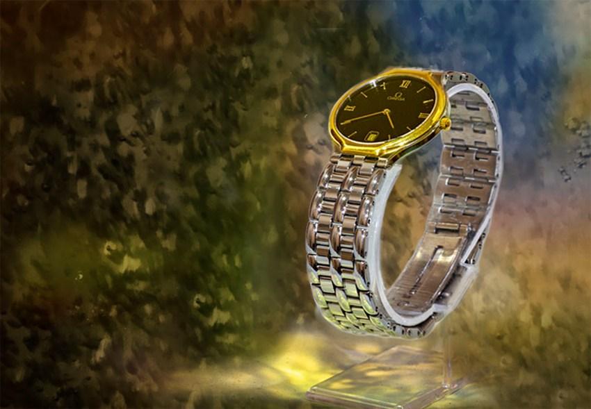 Omega De Ville Quartz watch in excellent condition.