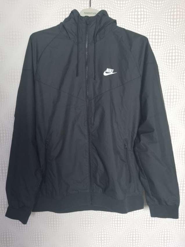Nike Windrunner New L
