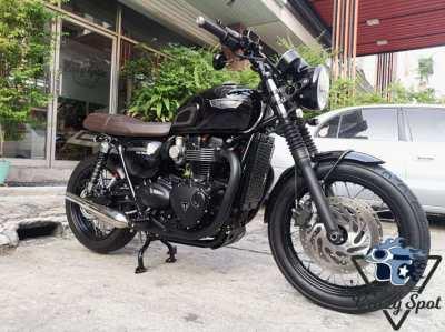Bonneville T120 Black Edition low km.