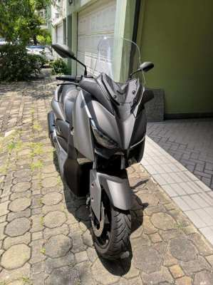 Yamaha xMAX - As good as new!