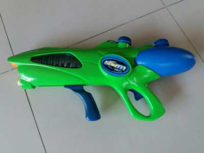 NEW YEAR SALE! PRICE DROP Storm Monsoon Force 4 Soaker