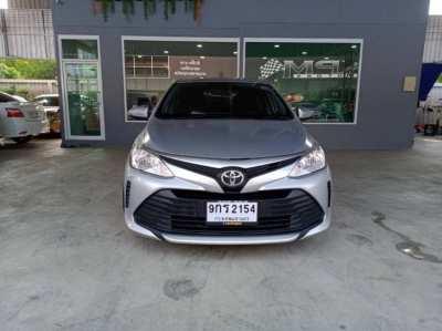 Selling a sedan Toyota vios, automatic transmission, 2017