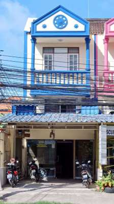 Commercial shop/house/office for Sale
