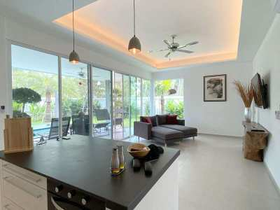 Brand-new boutique 2 bedroom pool home on 422 m2 in Huai Yai