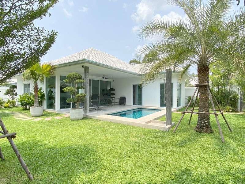 Brand-new boutique 2 bedroom pool home Huai Yai