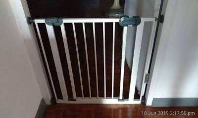Secure baby gate