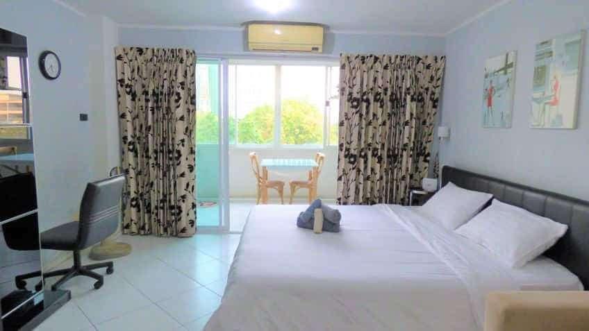 North Pattaya-Naklua Condo for rent or sale. Close to Wongamat beach.