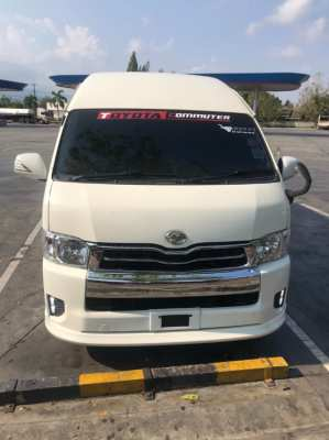 Selling a van, TOYOTA Commuter, modified VIP engine, 3,000 years 2016