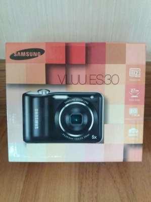 PRICE DROP FREE SHIPPING Samsung Compact Digital Camera Boxed
