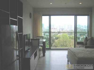 Noble Solo Luxury Condo Great View Studio Unit for Rent - Low Price