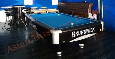 5007027 Busy Bar with Pool Table in Tourists Location in Hua Hin