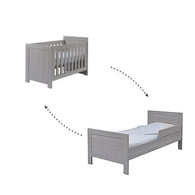 TWF Baby/toddler crib 2 in 1  (EU imported) + Free high chair!