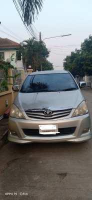 ขายรถยนต์  Toyota Innova G AT ปี 2010