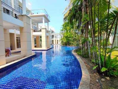 Lowest Priced Poolside 3 BR 4 Bath Villa in Sheraton Hotel Blue Lagoon