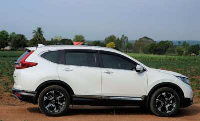 Honda CRV 2017 i-DTEC AWD, excellent condition