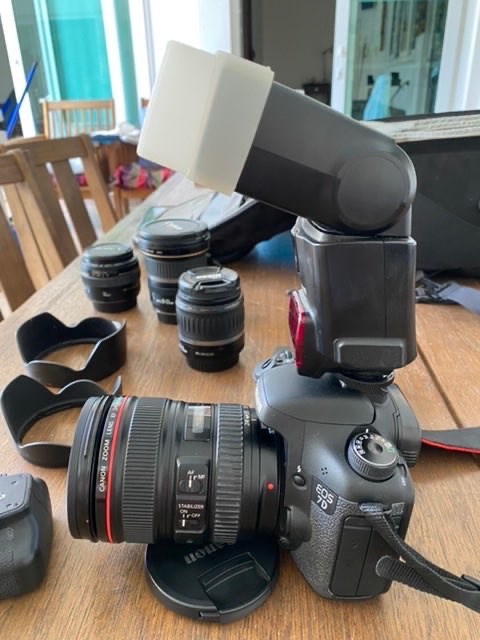Canon EOS D7 Complete semi-professional kit. Sell as complete set ONLY