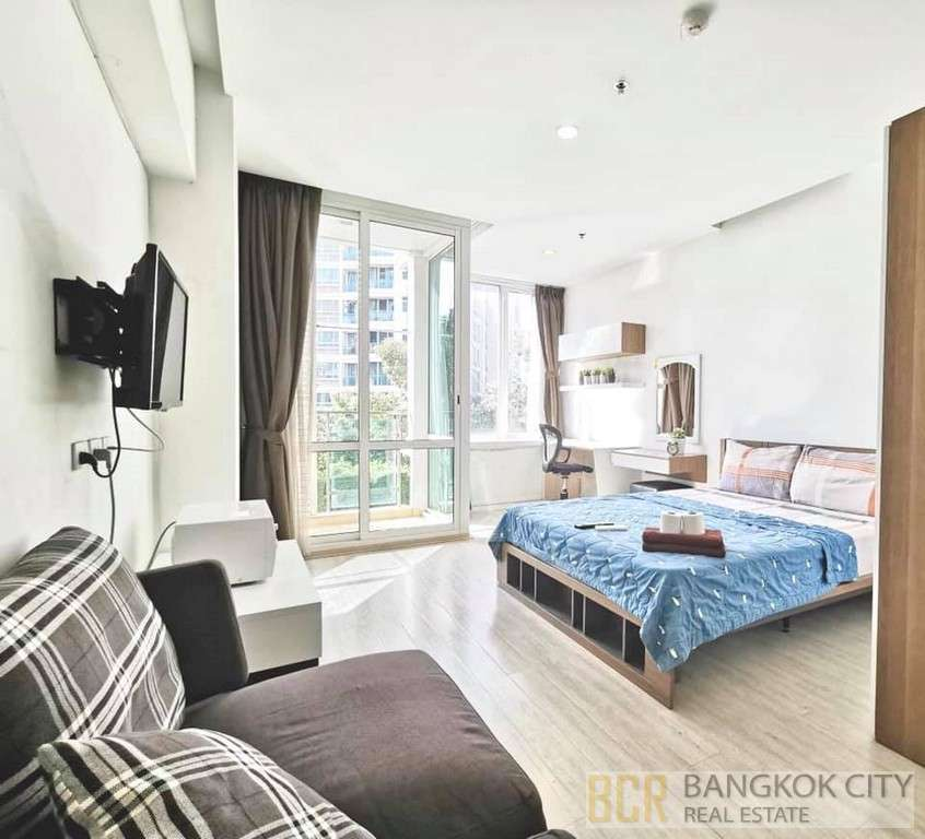 TC Green Luxury Condo Fully Furnished Studio Unit For Rent