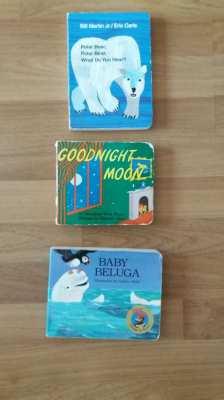 KIDS Goodnight Moon-Polar Bear Polar Bear What Do You Hear-Baby Beluga