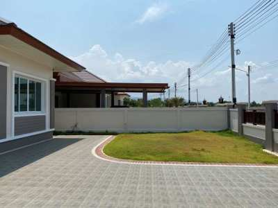 Quality Built 3 BR 2 Bath in 24 Hour Secure Development Town Center