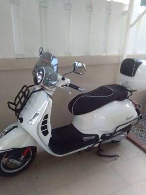Vespa 150 ABS  Automatic ,only 770 km