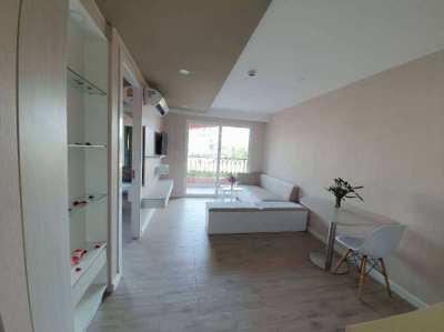 1 Bedroom condo for sale in Seven sea condo resort jomtien