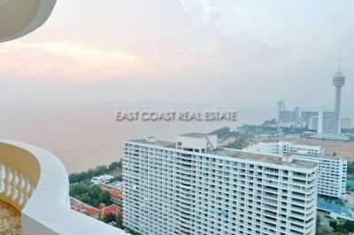 4 bedrooms/4 bathrooms, 396 m2 unique Jomtien Complex Penthouse
