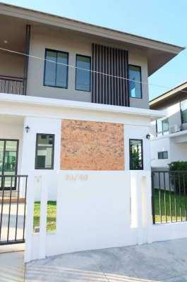 New 2 Story House 5 BDroom 3 Restroom Villa Flora Hangdong Chiangmai