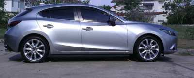 Low Mileage Mazda 3