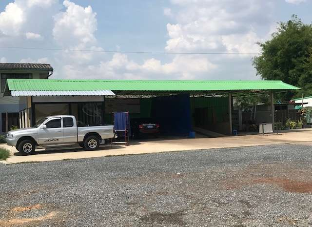 Carwash Detailing and Coffee shop.
