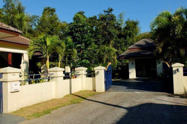 3 bedrooms bungalow with pool for sale in Sansai