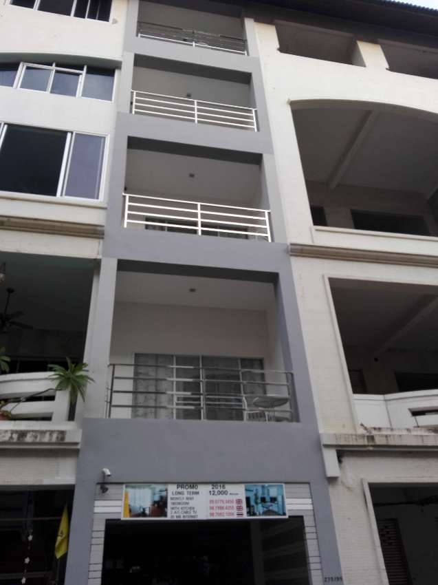 two buildings with 5 floors for sale