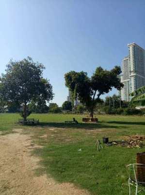 Land for sale North Pattaya, Naklua road, close to WongAmat Beach.
