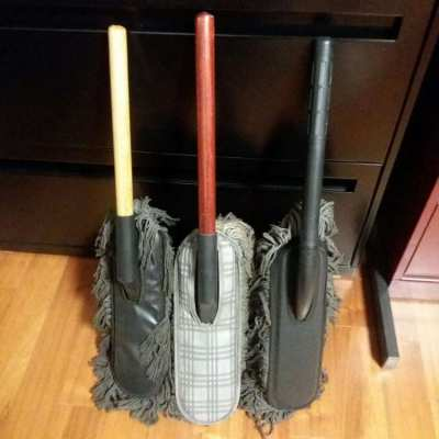 NEW YEAR SALE- 3 Classic Car Duster w/ Wood Handle Includes Case