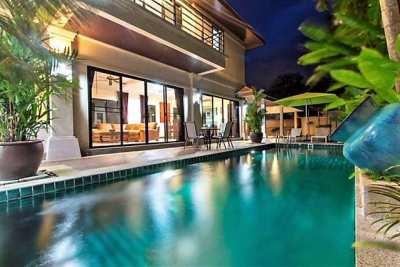 Modern Thai style 3 bdr Pool villa for sale.